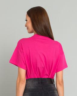 Różowy t-shirt z motywem psa