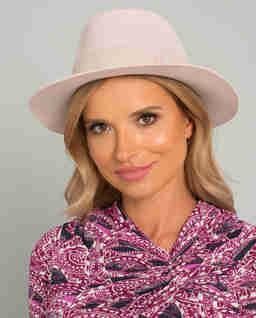 Růžový klobouk Andre
