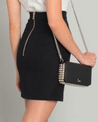 Czarna spódnica z guzikami