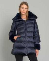 Puchowy płaszcz z futrem