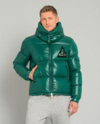 Zielona kurtka puchowa