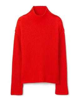 Červený vlněný svetr