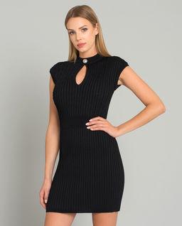 Czarna sukienka z dzianiny