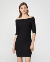 Czarna sukienka Off-the-Shoulder