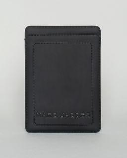Czarne etui na tablet