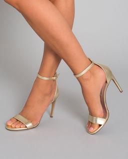Sandały ze skóry na szpilce