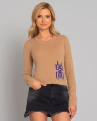Wełniany sweter ze skarabeuszem