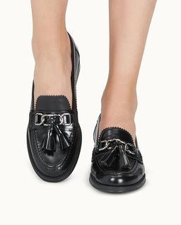 Czarne loafery na obcasie