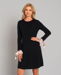 Černé pletené šaty