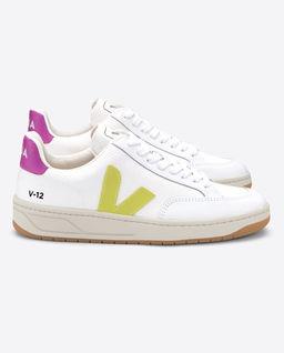Bílé sneakersy V12