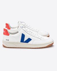 Białe sneakersy V12