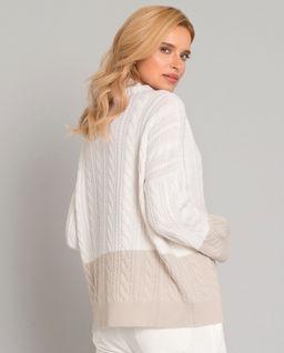 Kaszmirowy dwukolorowy sweter z półgolfem