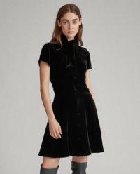 Aksamitna mini sukienka