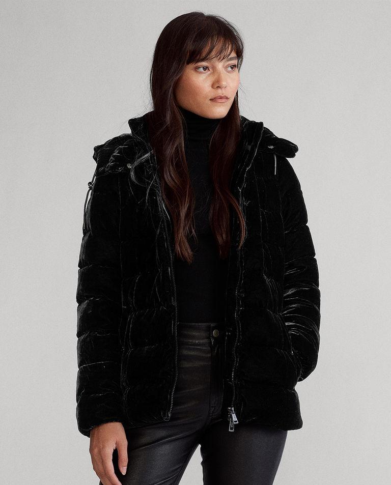Czarna kurtka z aksamitu