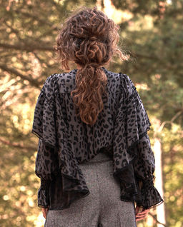 Jedwabna bluzka w cętki Selene