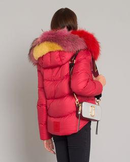 Czerwona kurtka puchowa