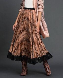 Spódnica plisowana z koronką
