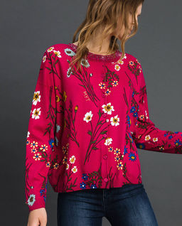 Sweter w kwiaty z krszytałami