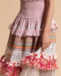 Sukienka maxi z falbanami