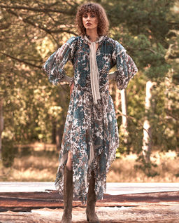 Romantyczna maxi sukienka z jedwabiu Poseidon