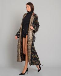Jedwabny płaszcz w panterkę