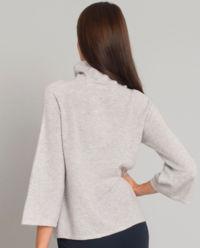 Kaszmirowy stylowy sweter z pomponami z naturalnego futra