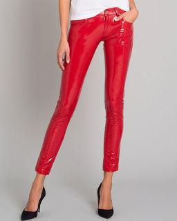 Czerwone spodnie z połyskiem
