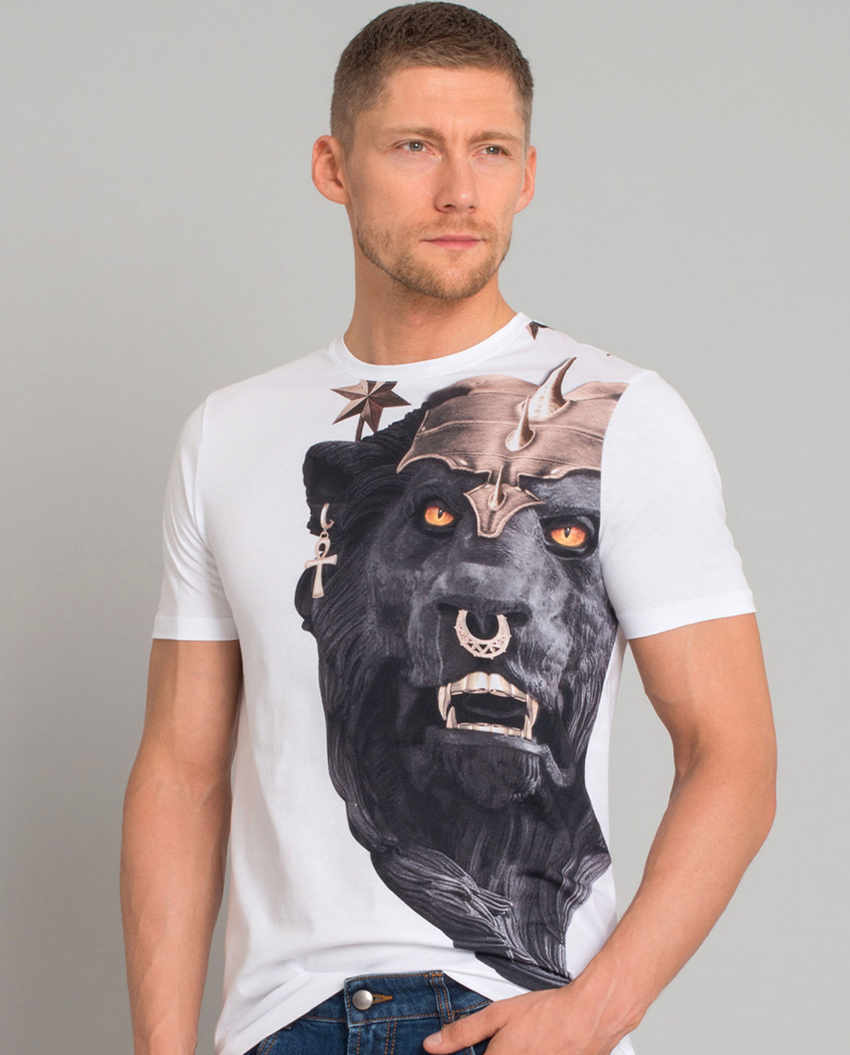 T-shirt z aplikacją