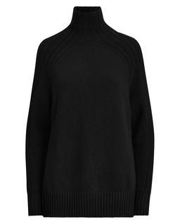 Černý vlněný svetr