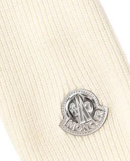 Biały szalik z pomponami
