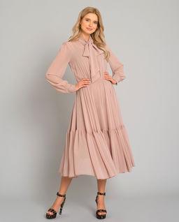 Różowa sukienka midi