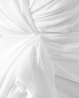 Biała sukienka mini