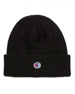 Czarna czapka beanie