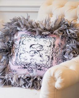 Poduszka z satyny z naturalnymi piórami Paris