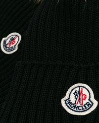 Czarna czapka i szalik