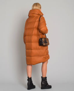 Puchowy płaszcz oversize