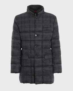 Pikowany płaszcz w kratę