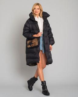Czarny puchowy płaszcz oversize