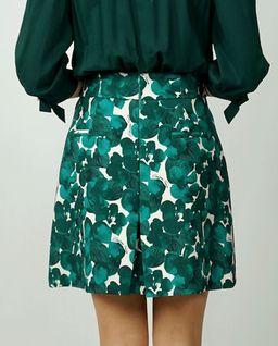 Zielona spódnica w kwiaty