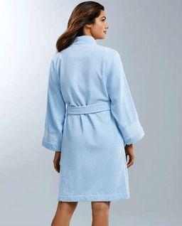 Niebieski szlafrok z wełny