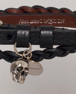 Czarna bransoletka z czaszką