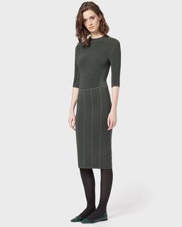 Modelująca sukienka bandażowa