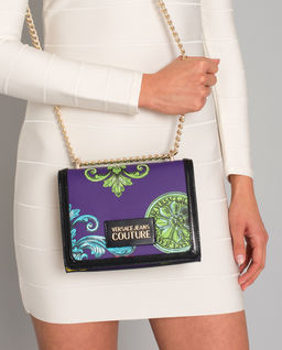 Niebieska torebka z logo marki