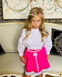 Różowa spódnica z aksamitką