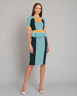 Sukienka z falbaną w pasie