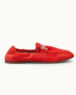 Czerwone zamszowe loafery