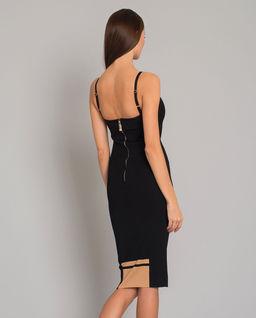 Sukienka ołówkowa modelująca sylwetkę