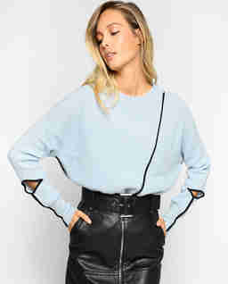 Asymetryczny sweter z rozcięciami Barbo