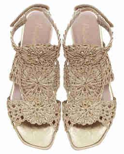 Sandały z plecionej skóry
