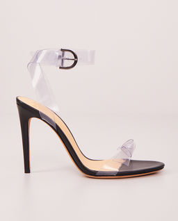Transparentne sandały na obcasie